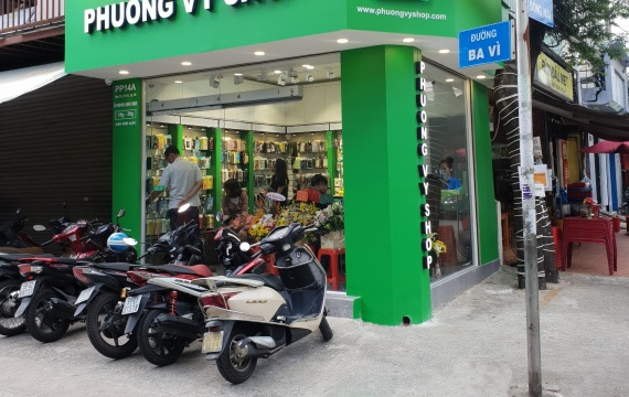 Không gian cửa hàng Phương Vy Shop